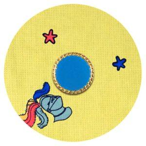 bouton-upcycle-dore-bleu-calecon-ecoresponsable-damoiseaux